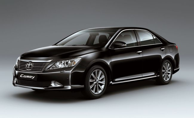2012-Toyota-Camry-Front-black_0