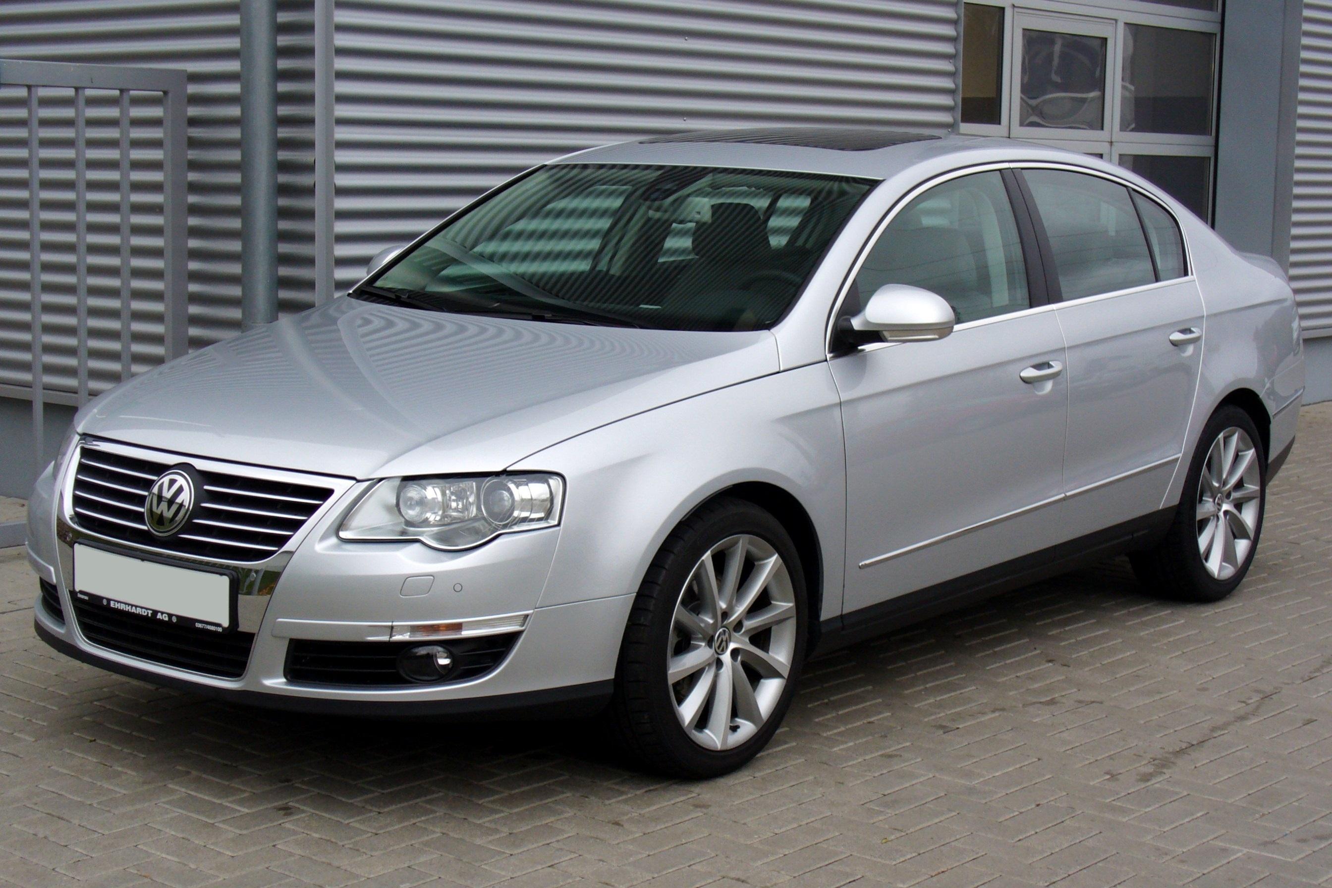 VW_Passat_B6_Limousine_2.0_TDI_DSG_Highline_Reflexsilber
