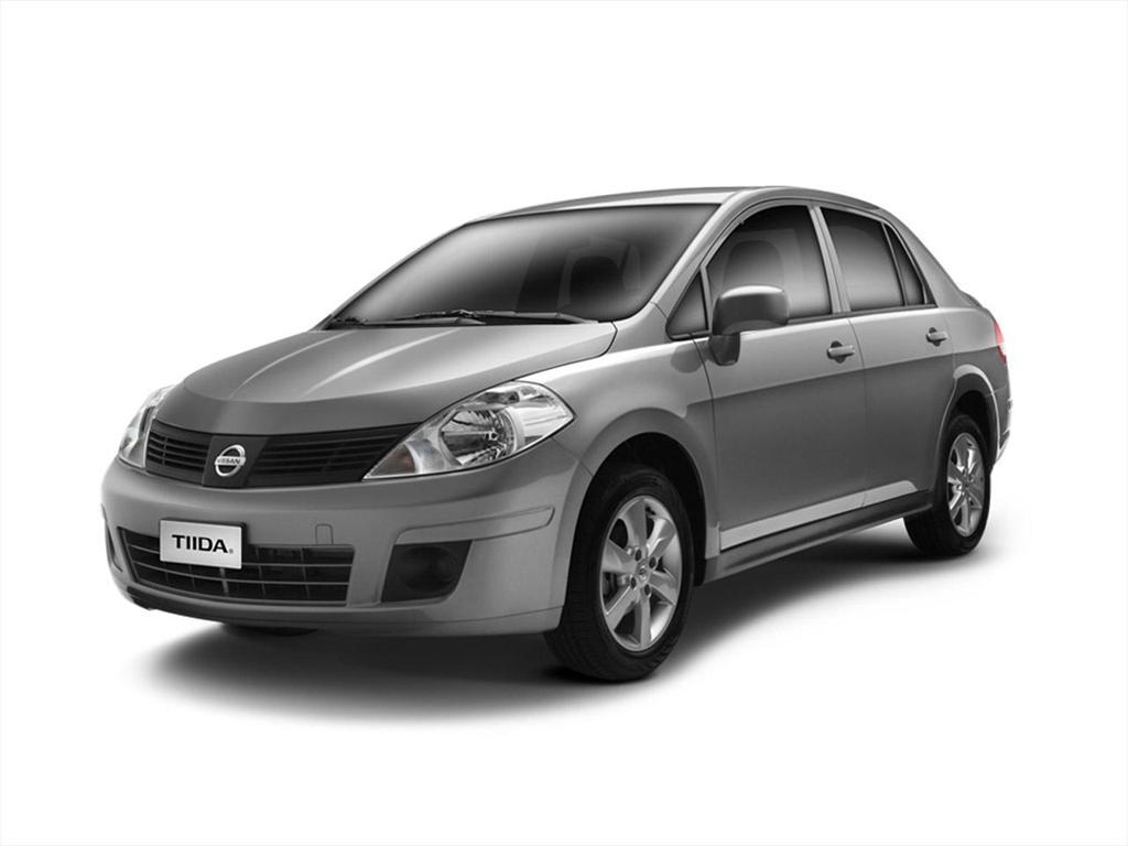 nissan-tiida-sedan-2014-2